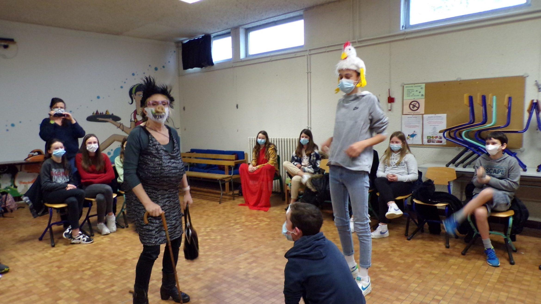 Théâtre en anglais pour les 5e Interlangue